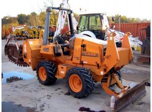 Трактор с резаком по земле Case